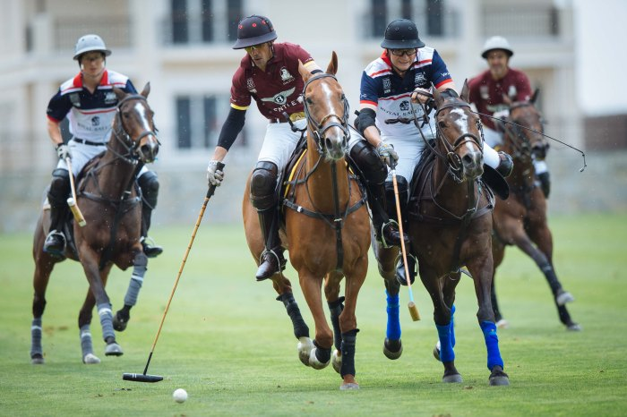 Mohammed Al Habtoor leading his  Bentley Habtoor team to victory at BPD Dubai- Sam Churchill-15.jpeg