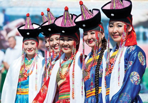 mongolians-women-651x453.jpg