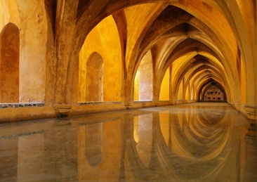 Baths of Lady Maria de Padilla, Alcazar, Seville - Imgur