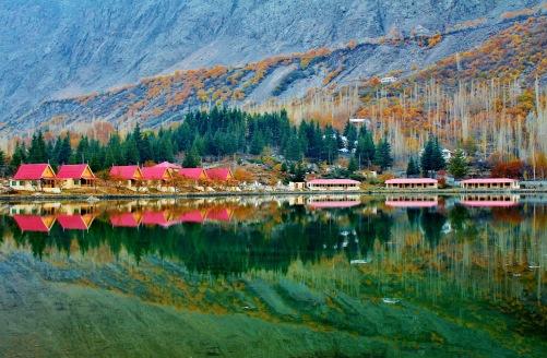 lower-kachura-lake-2377179